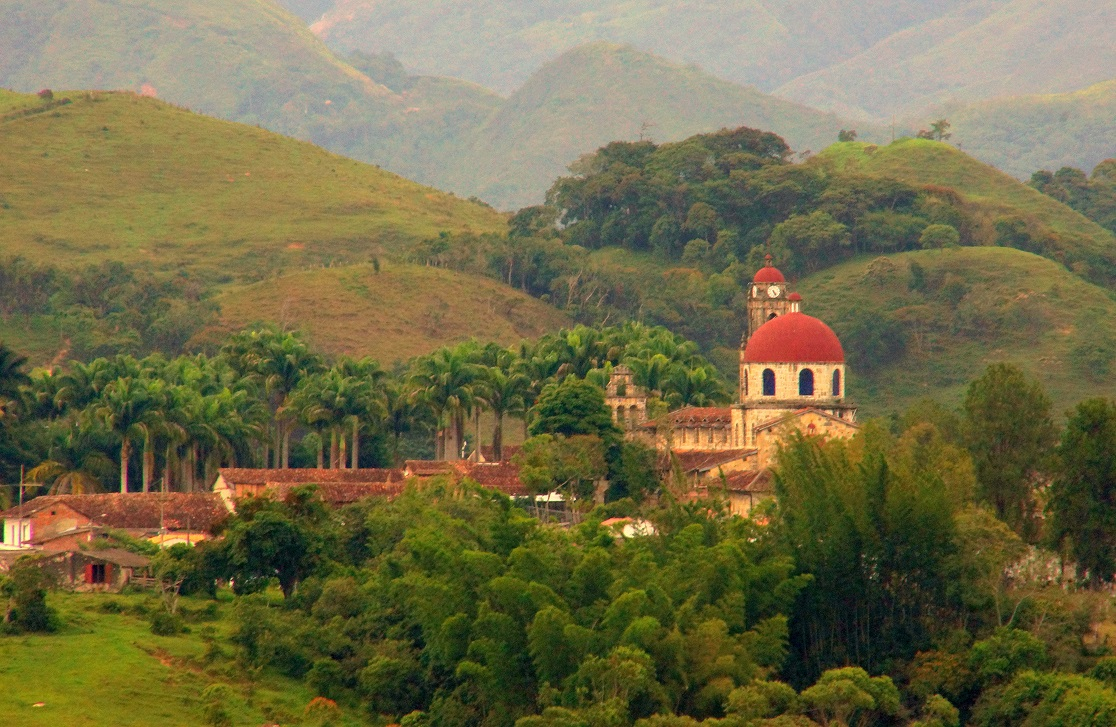 Guadalupe Town-Las Gachas Stream-Colombian-Highlands-Tours Colombia (11)