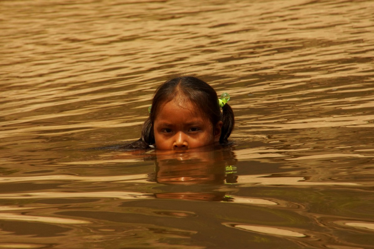 Indigenous girl near community of Cerros de Mavecure, Guainia, Colombia